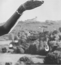 Vivianna Torun Bülow-Hübe, Mobile necklace, 1959